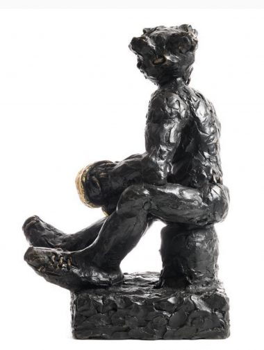 PATRICK O'REILLY Resting Boxer, 2017 Bronze, 24 carat gold leaf 40 x 28 x 25 cm 15 3/4 x 11 x 9 7/8 inches